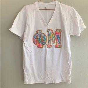 Phi Mu V-Neck Shirt - M